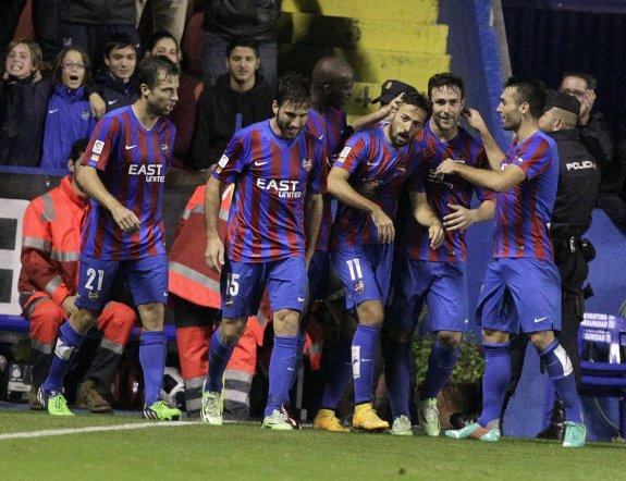 Morales se convirtió en un héroe granota tras su gol al Valencia.