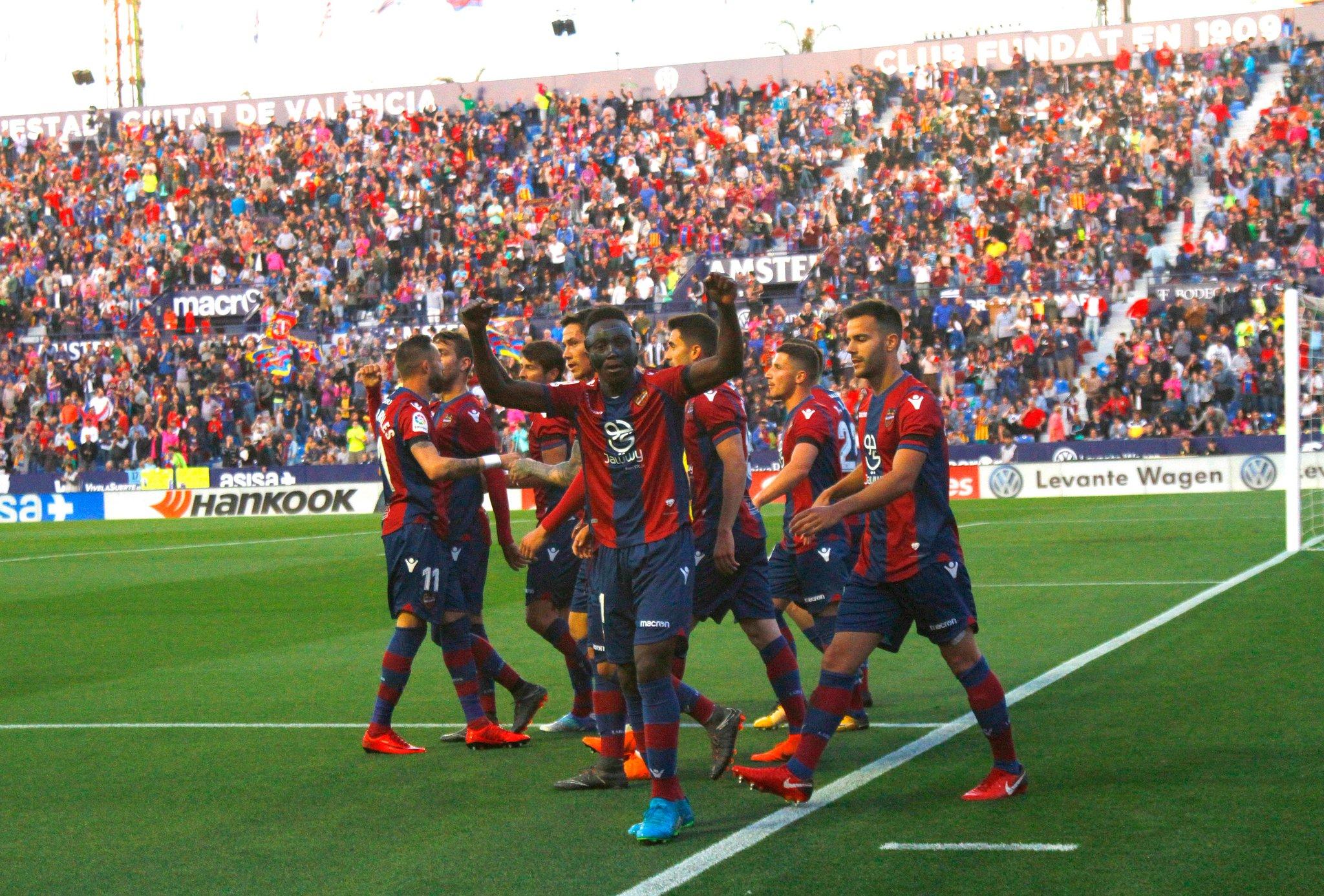 El Levante vuelve a ganarle al Barcelona en Liga..y le vuelve a meter cinco