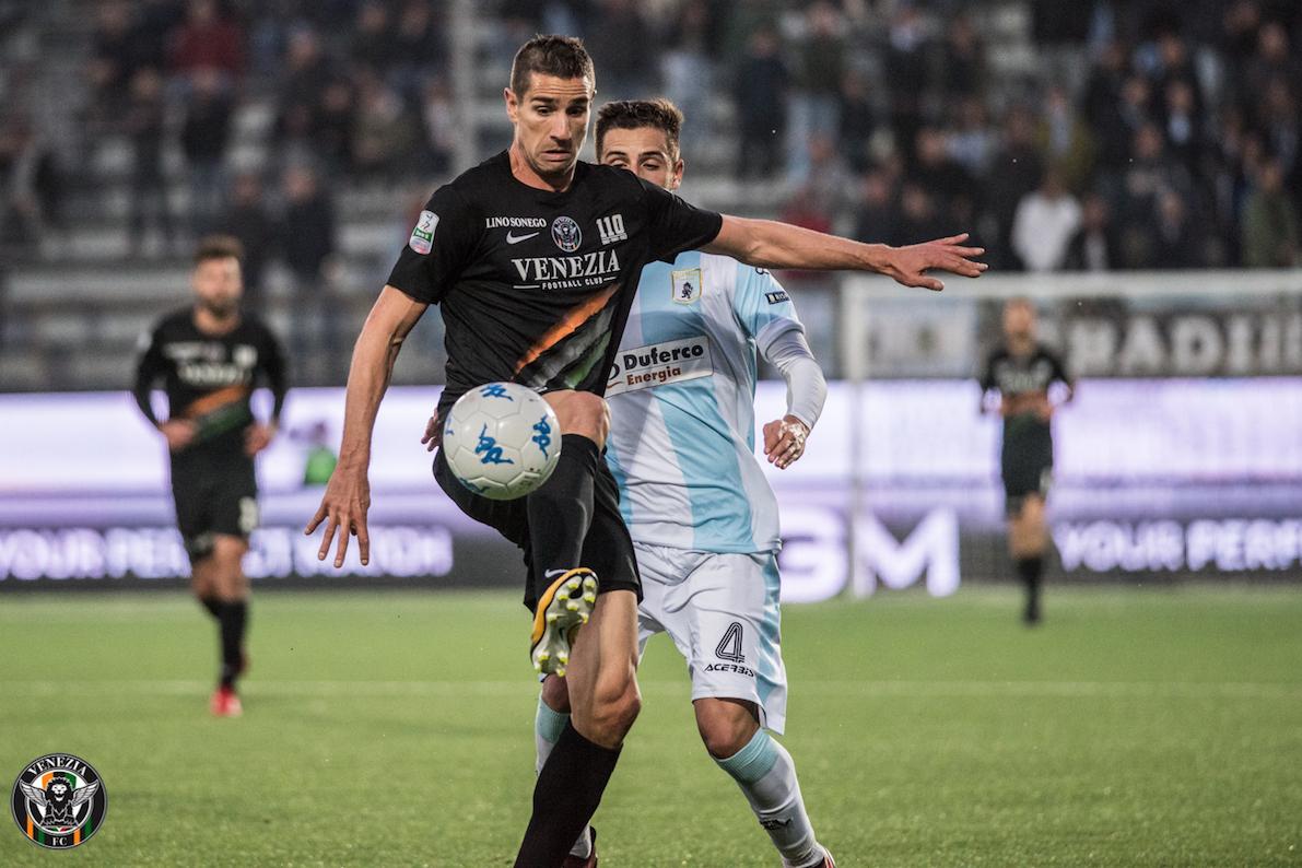 Dos ex granotas se enfrentan en el play off de ascenso a la Serie A